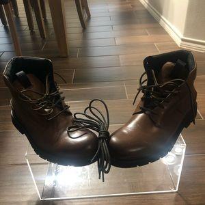 New men Frye boots size 10.5